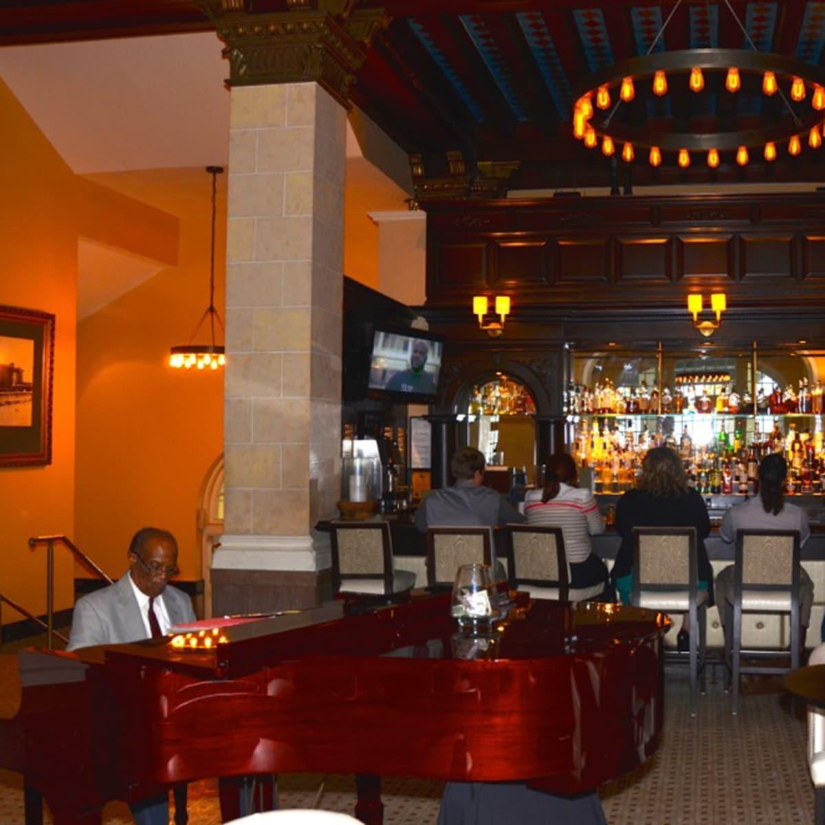 Galveston Galvez Bar and Grill