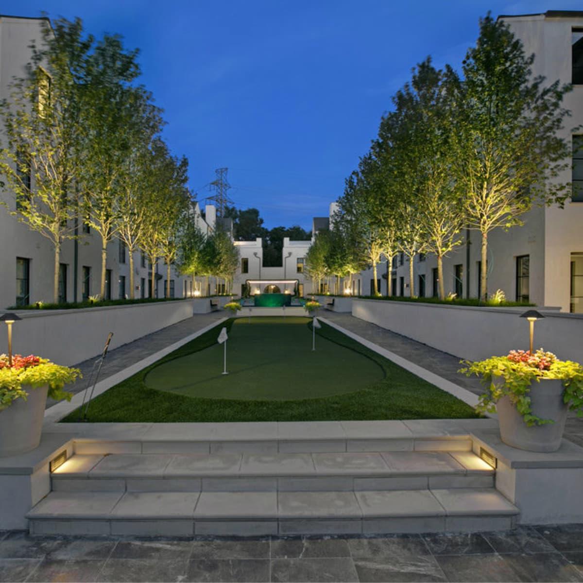 The Mondara Highland Park