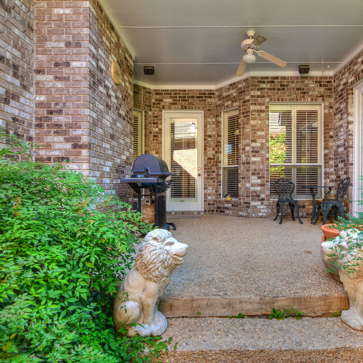 San Antonio house_5 Somerset Arms
