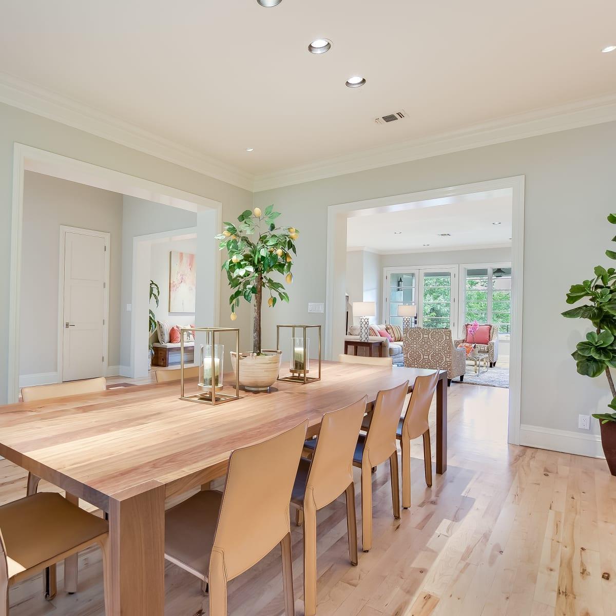 723 Elizabeth San Antonio house for sale dining room