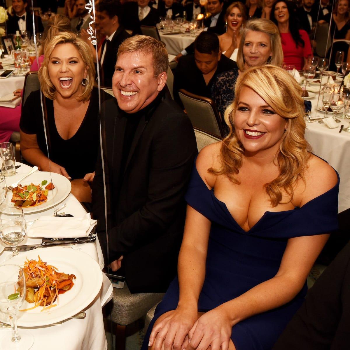 Chrisleys table, Unlikely Heroes