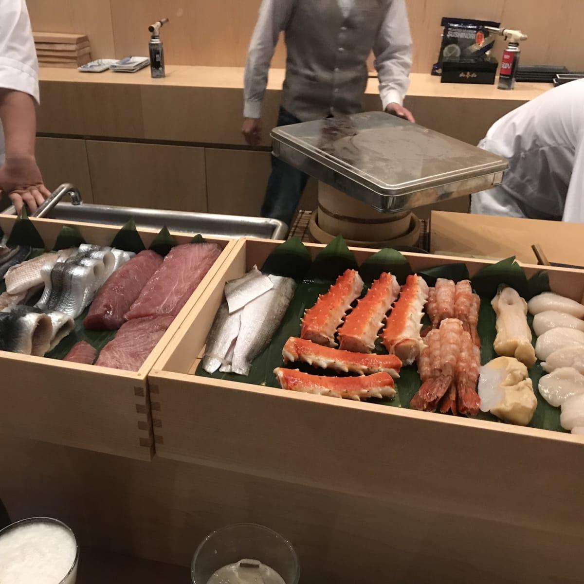 Kukuri sushi fish selection