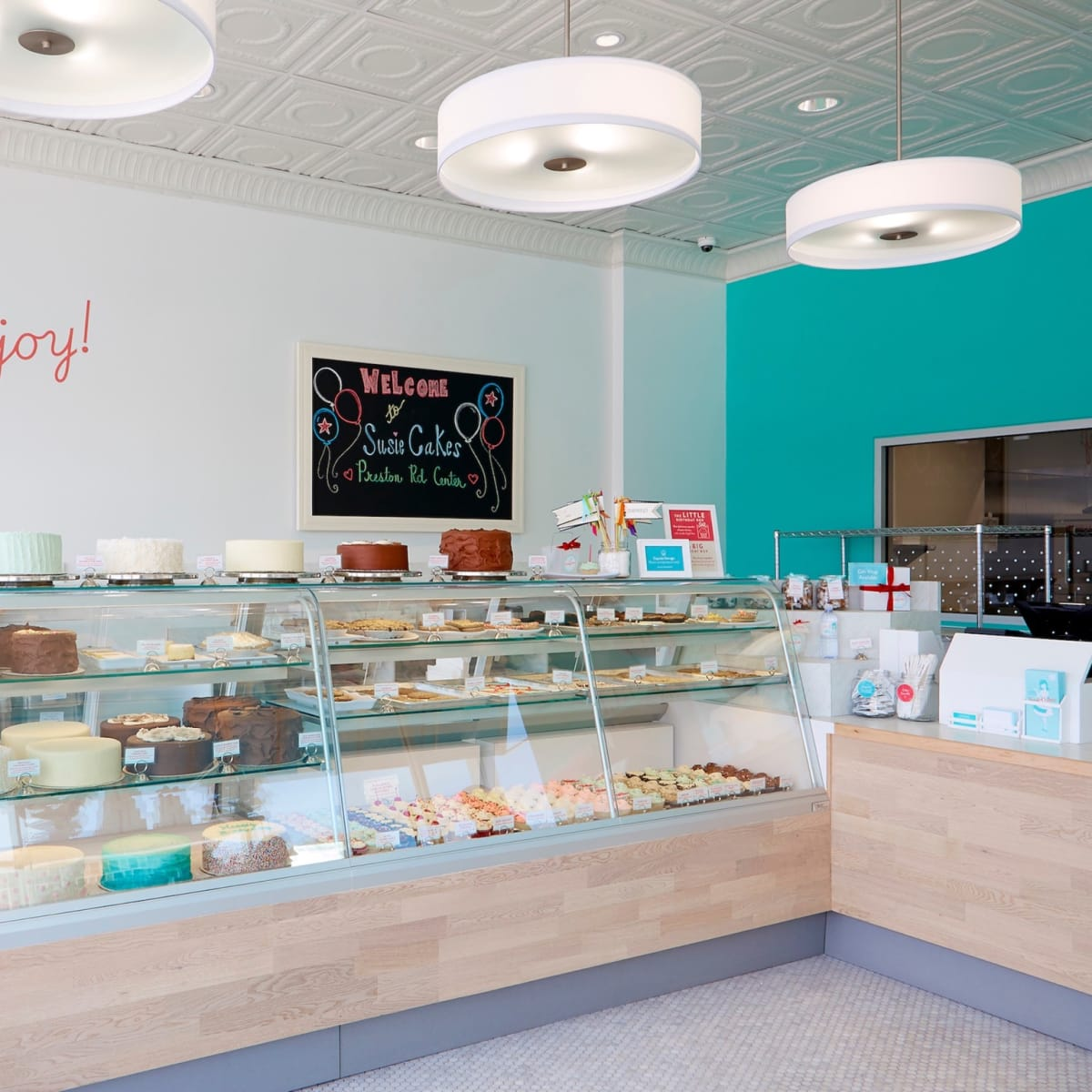 SusieCakes Dallas interior