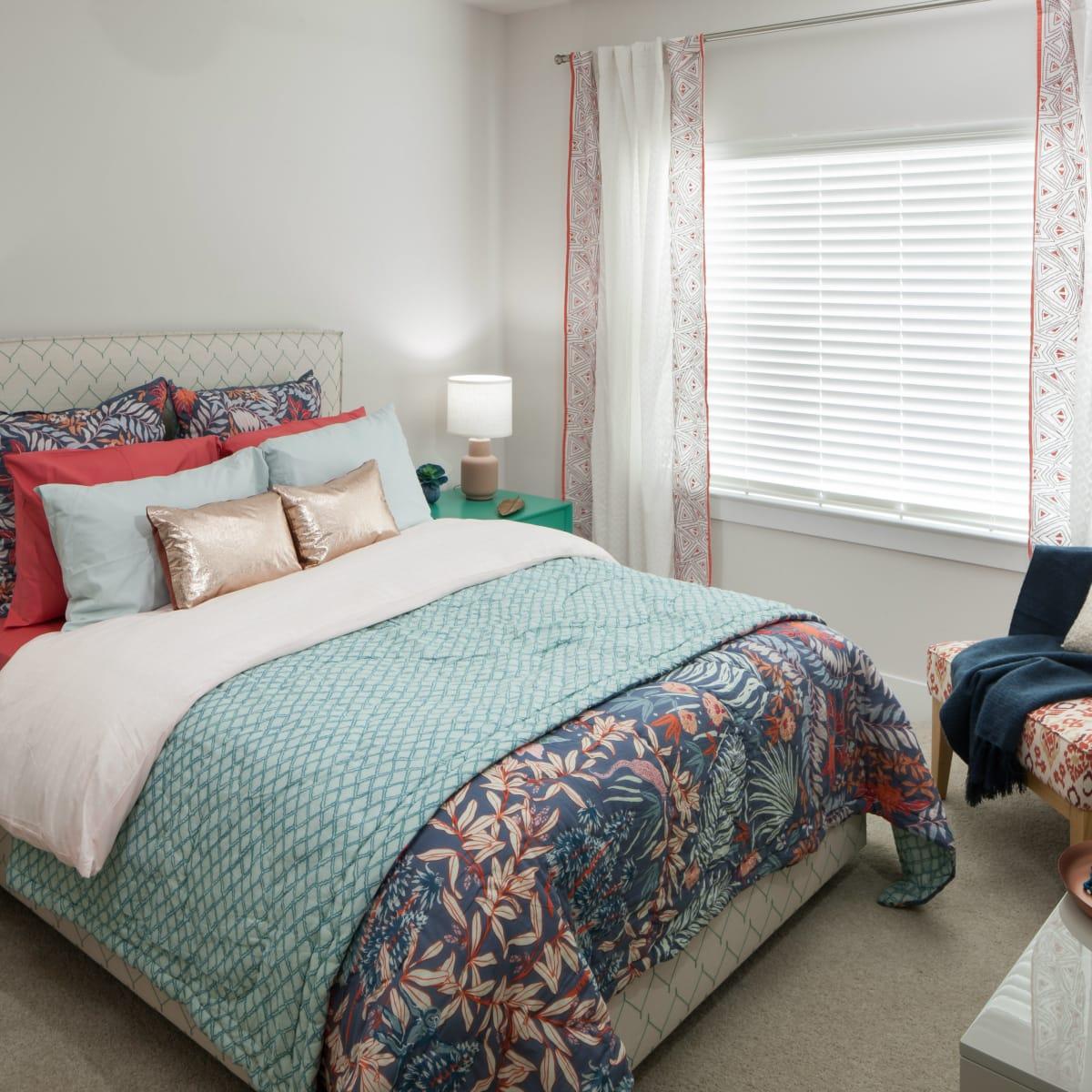 Alexan Henderson apartments
