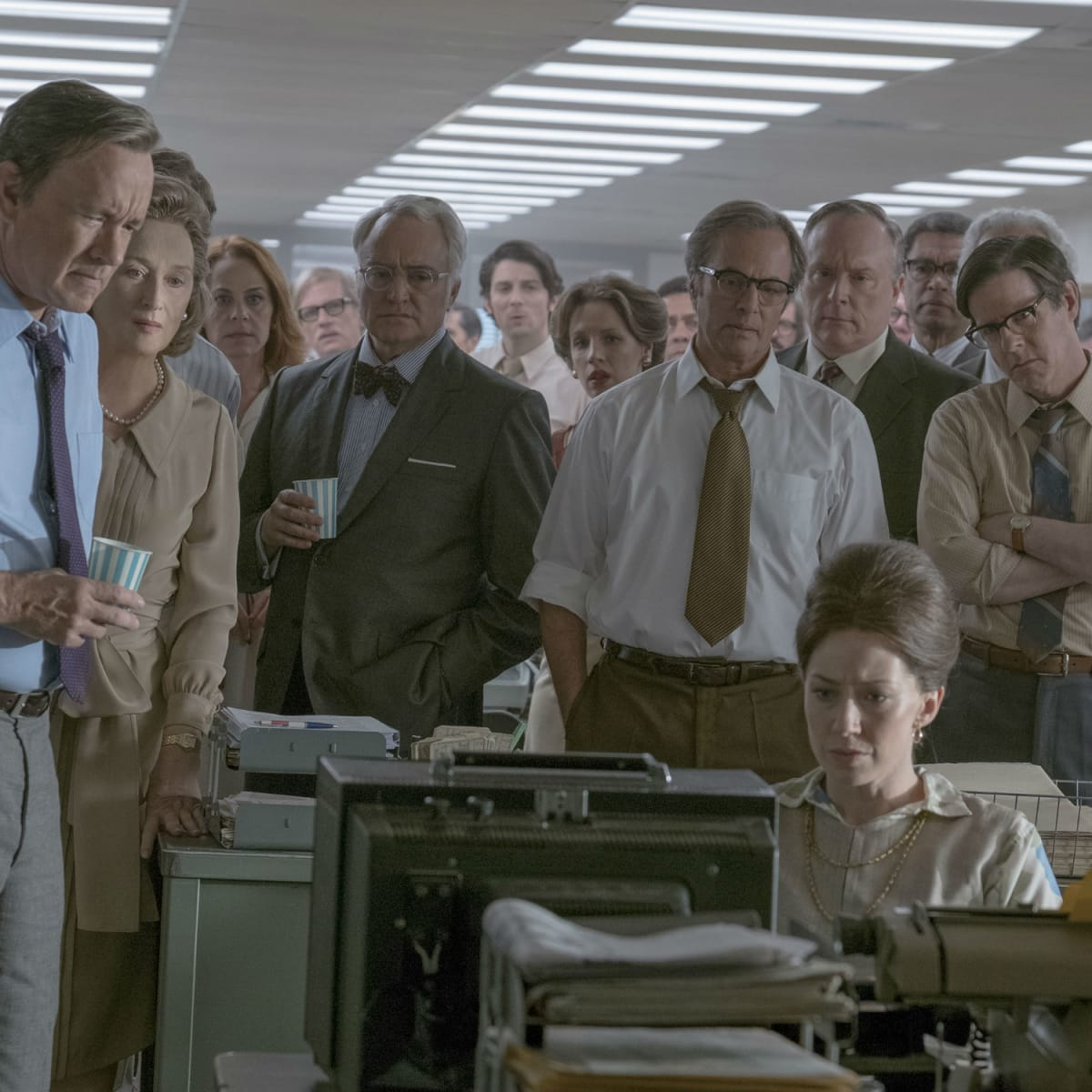 David Cross, Tracy Letts, Tom Hanks, Meryl Streep, Bradley Whitford, Philip Casnoff, Brent Langdon, and Carrie Coon in The Post