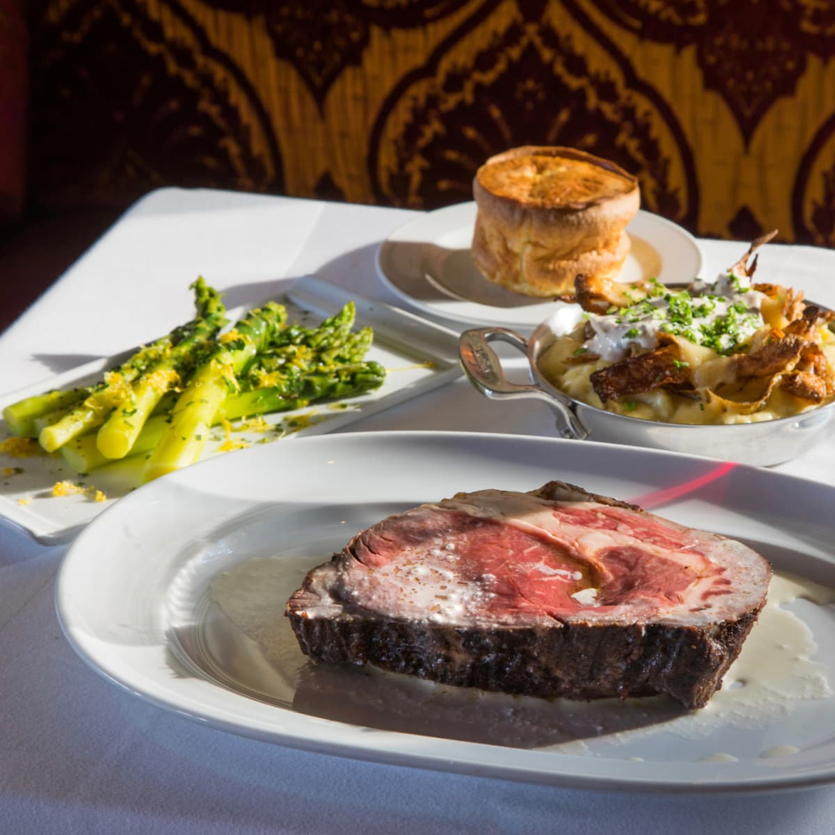 Cafe Annie Prime Room prime rib and sides