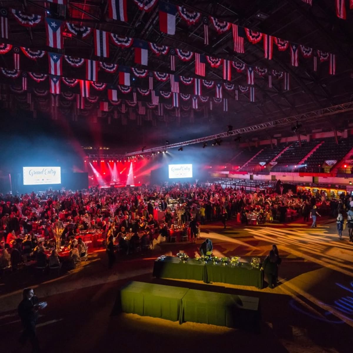 Fort Worth, JLH Grand Entry Gala, January 2018, crowd