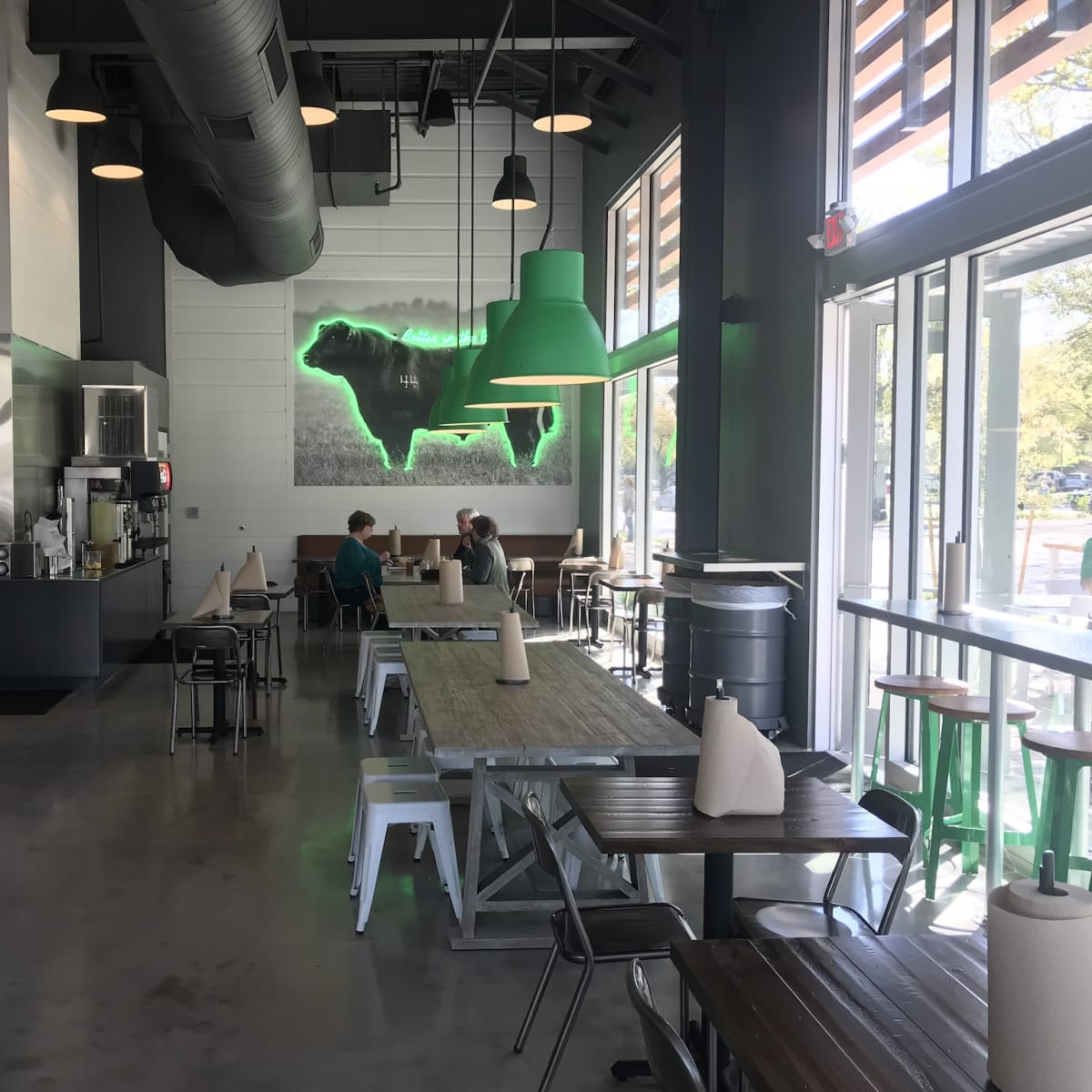 BuffBurger Montrose interior