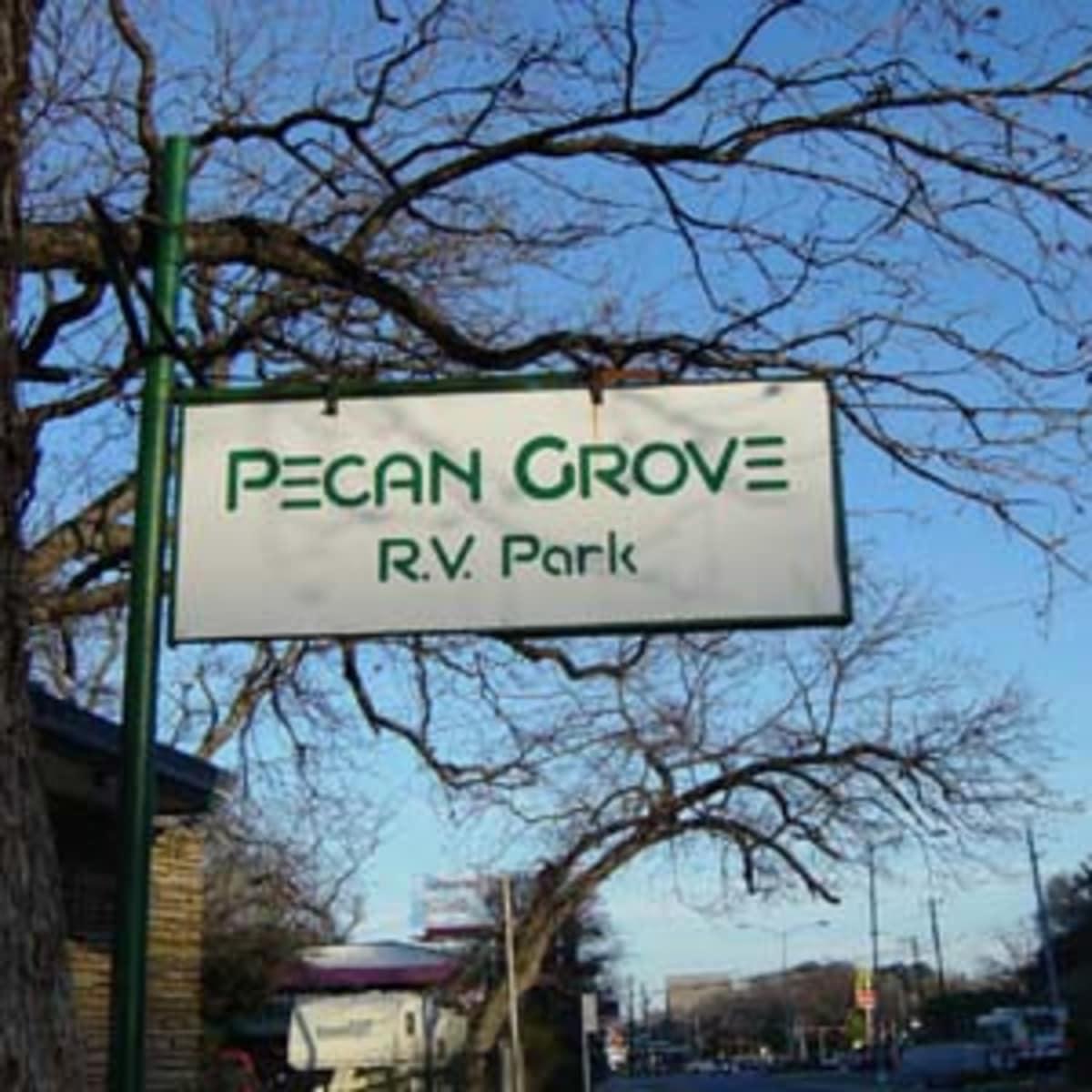 Austin_photo: places_outdoors_pecan grove rv park_sign