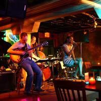 Austin photo: places_entertainment_Elephant Room_music
