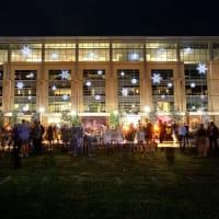 CityCentre presents Glisten Holiday Lighting