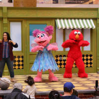 Stonebriar Centre presents Sesame Street's K is for Kindness Tour