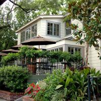 Backstreet Cafe, exterior, patio, deck