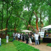 guests enjoy the Garden Party fundraiser at Umlauf sculpture garden and museum