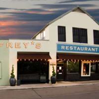 Austin Photo Set: News_Jessica Dupuy_Jeffery's_August 2011_jefferys