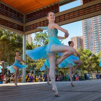 "Dance Houston hosts ""Discover Dance"""