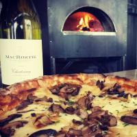 Stella Public House restaurant pizza wine oven kitchen