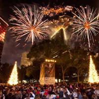 Uptown Park holiday lighting - Post Oak