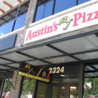 Austin_photo: places_food_austinspizza_guadalupe_exterior