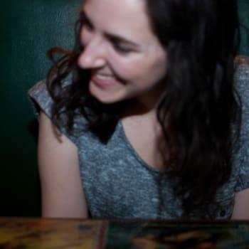 Author_photo_Samantha Pitchel