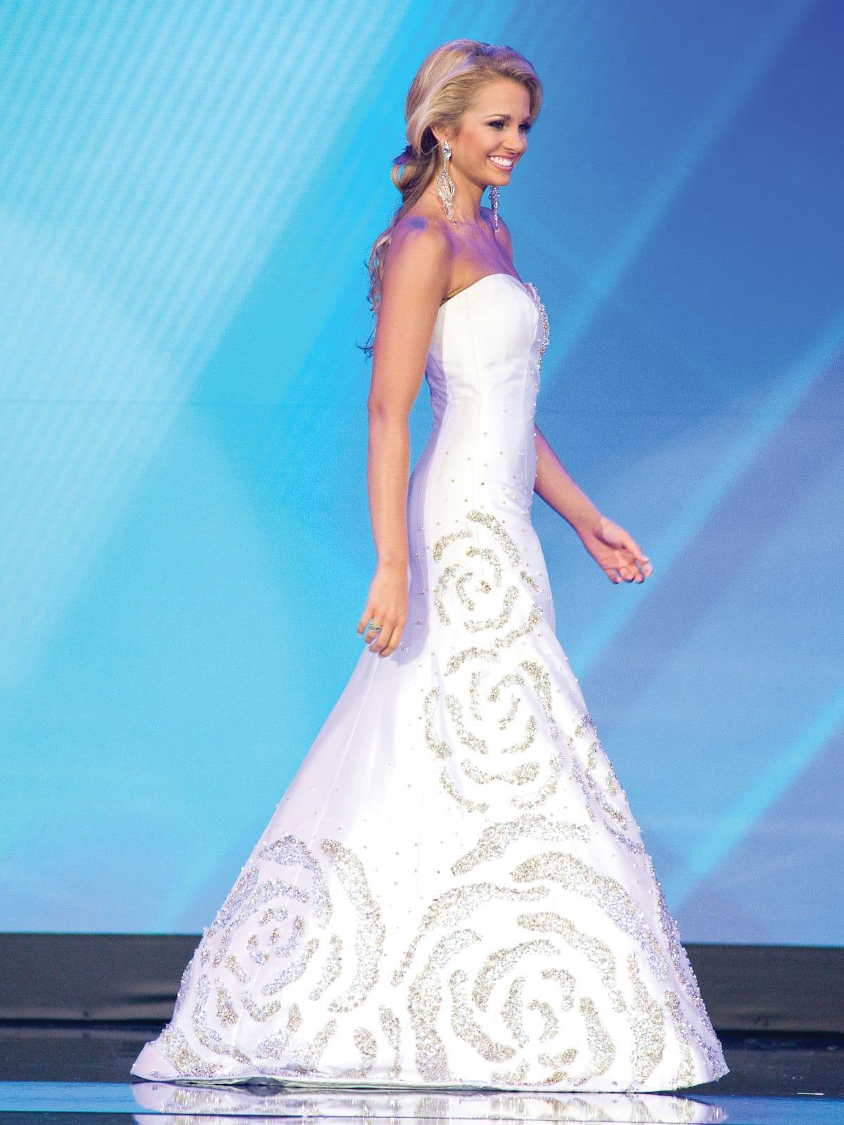 Gionni Straccia, January 2013, gowns, Danielle Doty