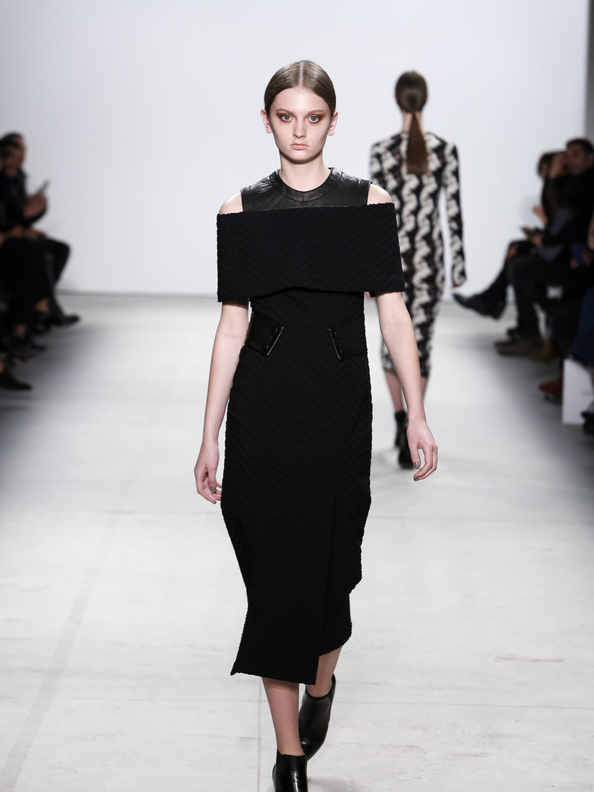 Yigal Azrouel fall 2016 collection look 11