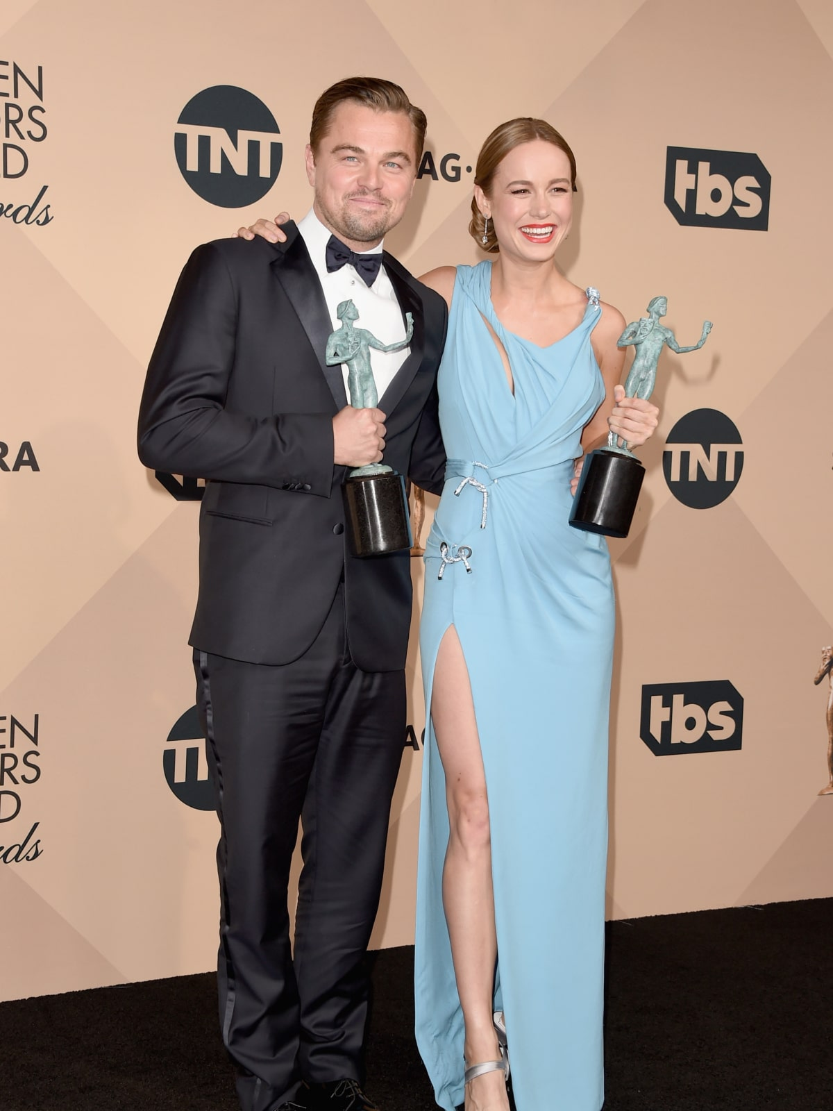 Leonardo DiCaprio and Brie Larson at the Screen Actors Guilds Awards