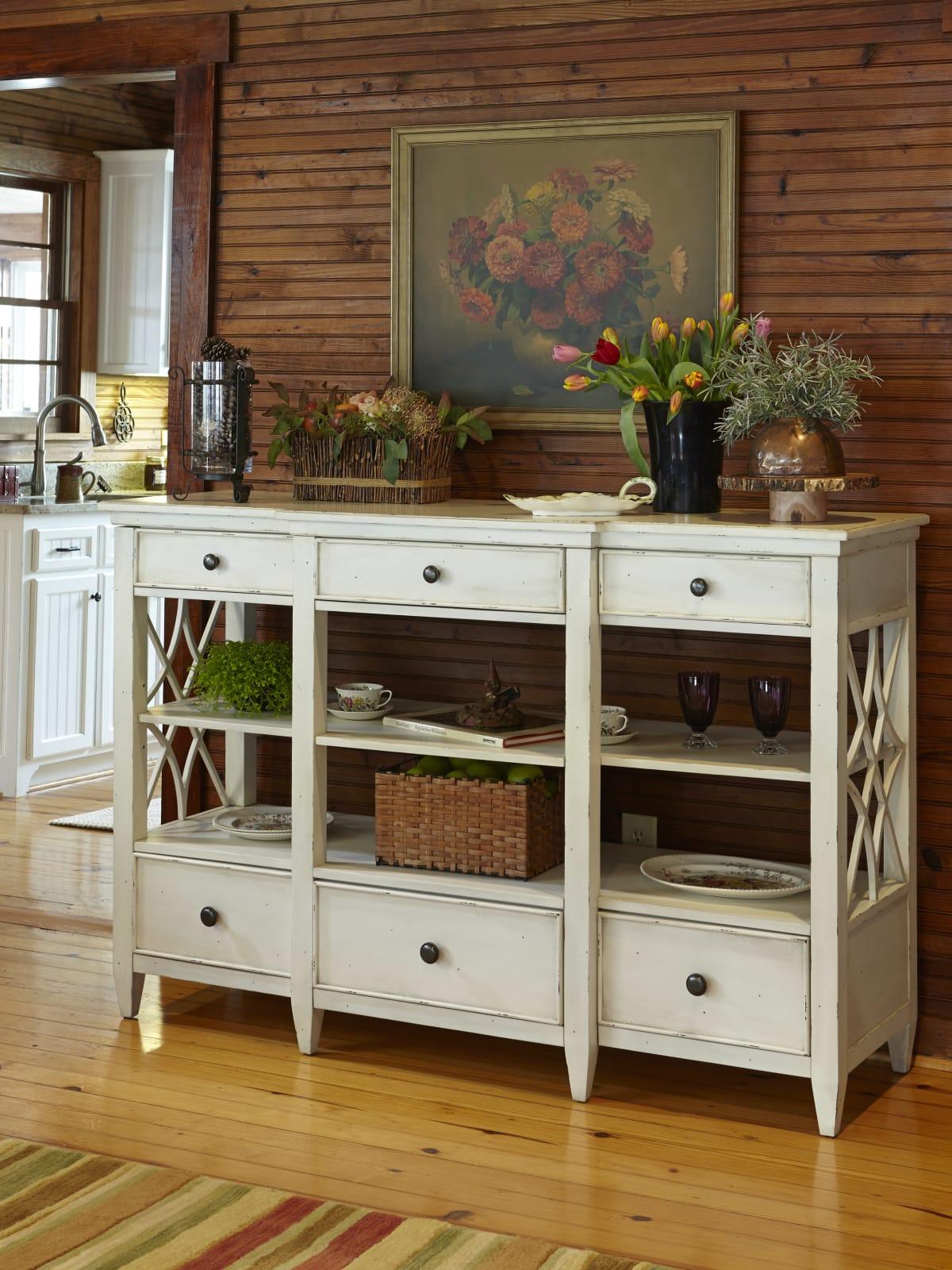Trisha Yearwood furniture