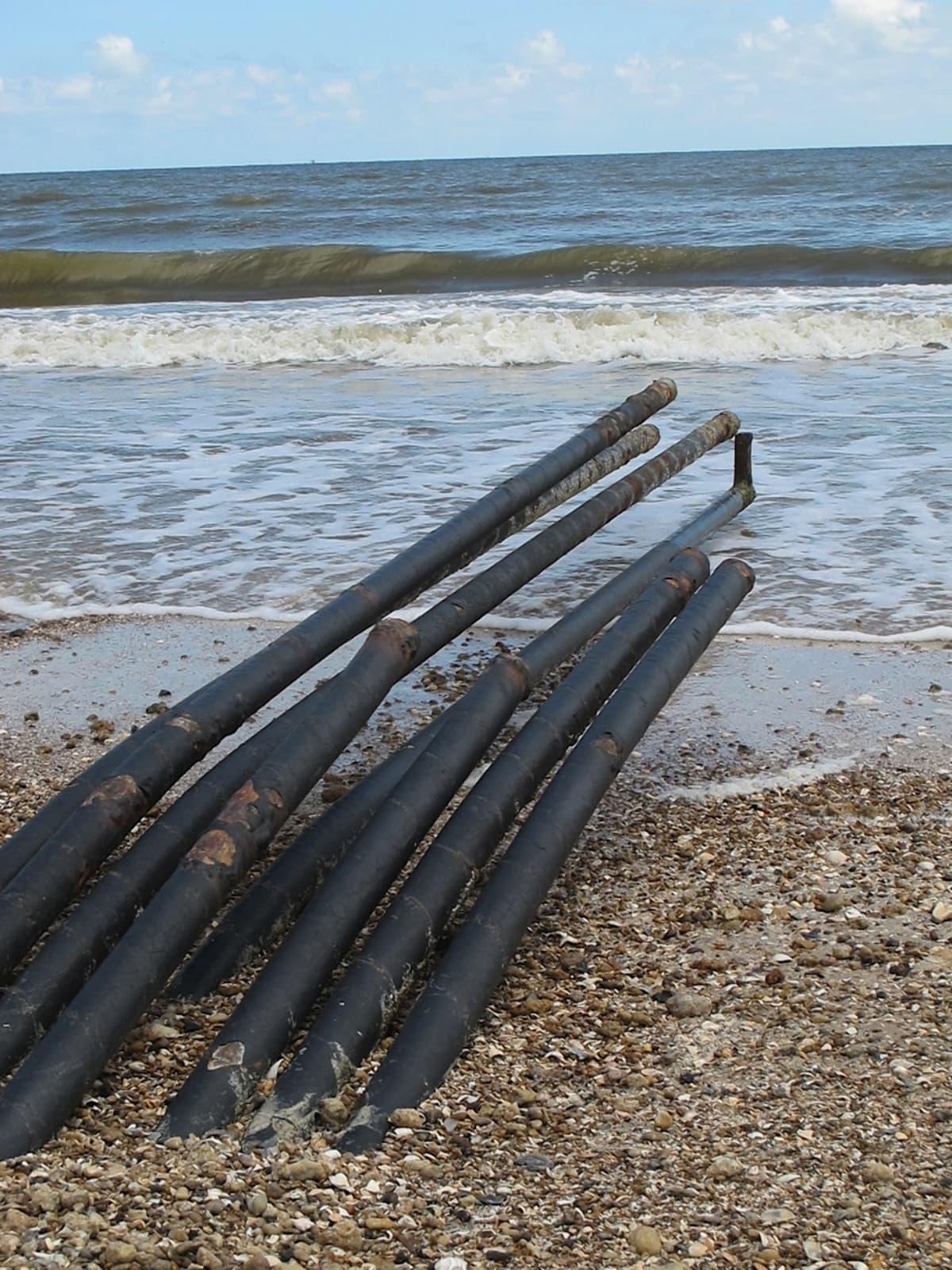 Bolivar oil seepage cluster of pipes