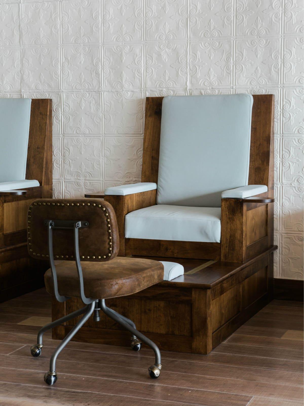 Vivian's Boutique Spa pedicure chair