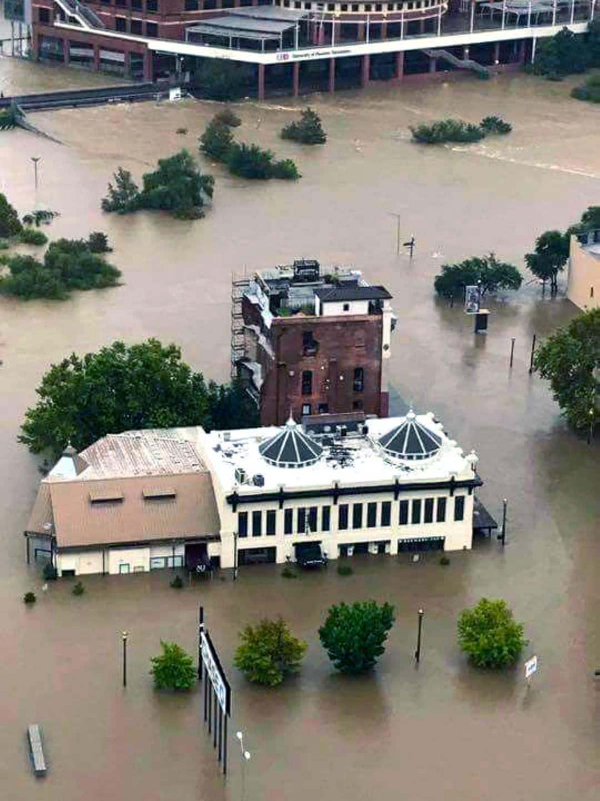 Hurricane Harvey flooding in Houston La Carafe Bar
