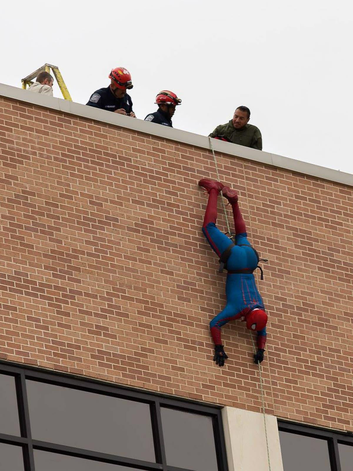 Superhero Drop