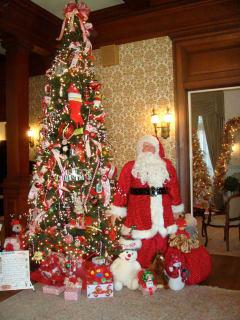 Tree with Santa