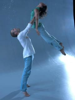 dancers of Motionhouse dance theatre's Scattered show