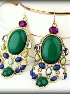 Russian Cultural Center exhibit opening reception: VikaLive Jewelry