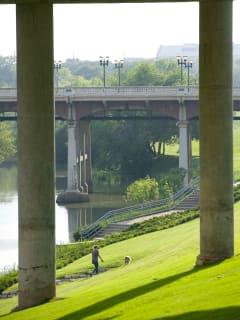 News_Caroline_Buffalo Bayou_Sabine Street Bridge