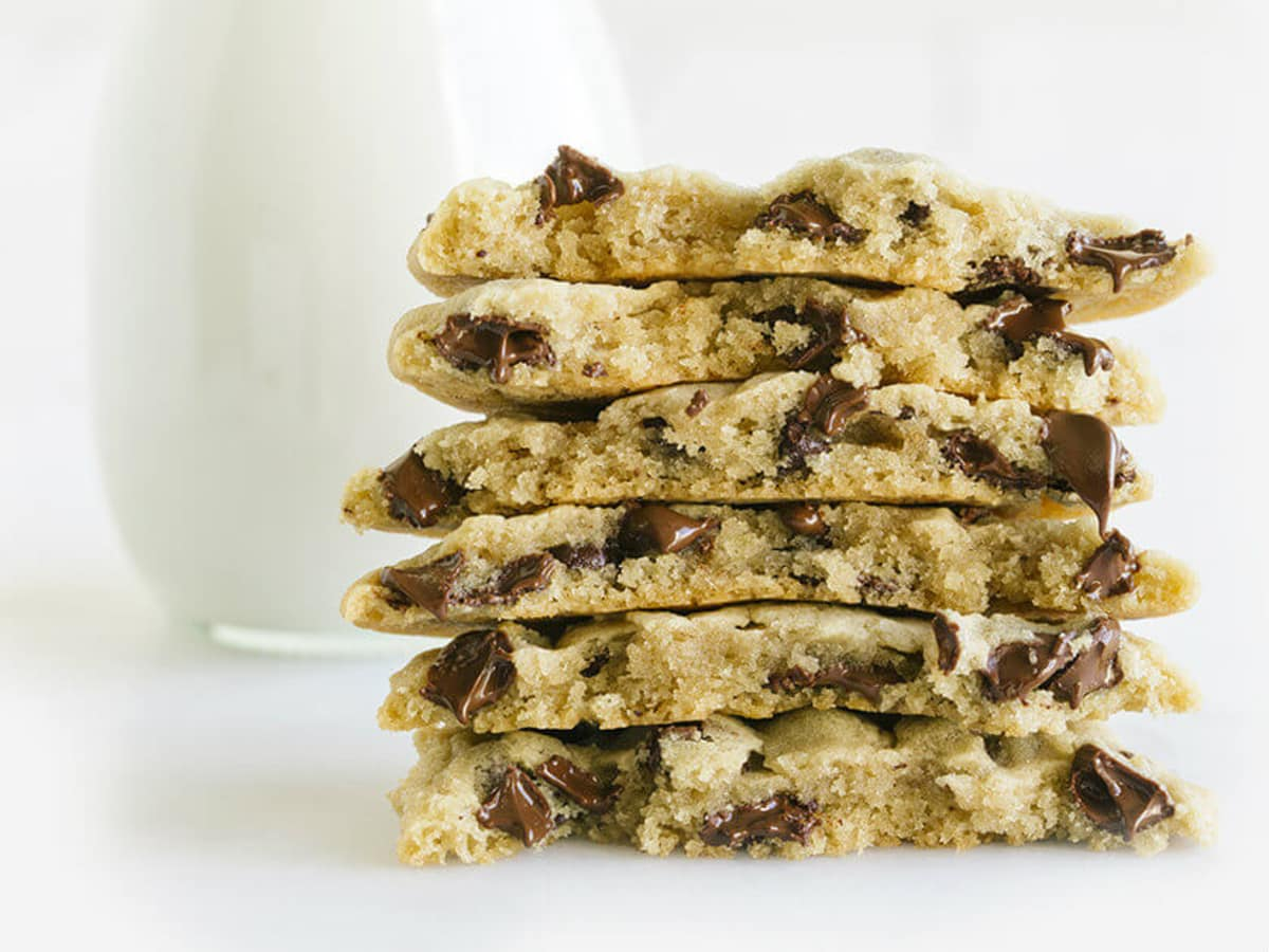 Tiff's Treats cookies and milk