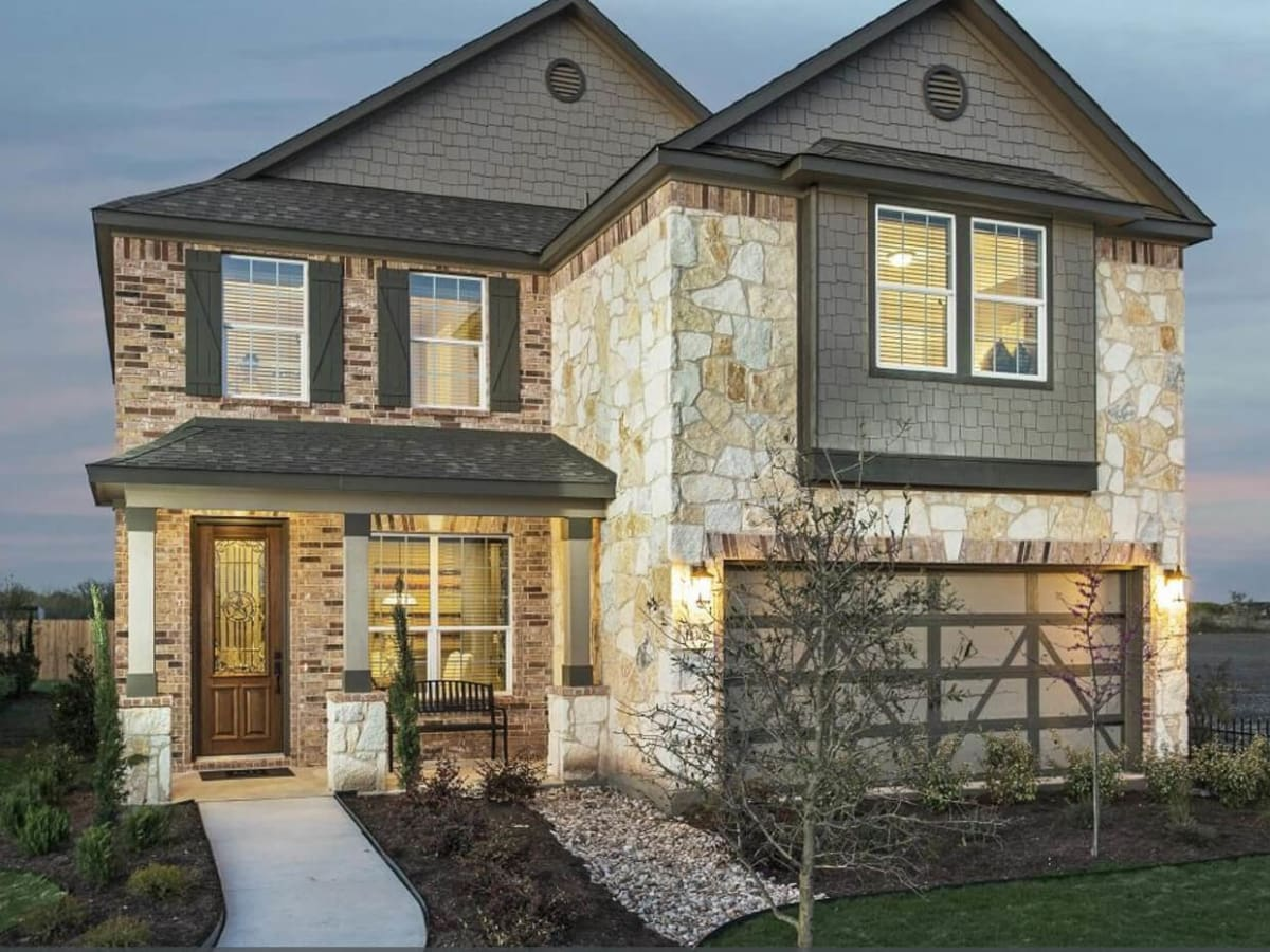 Del Valle starter home for sale Austin