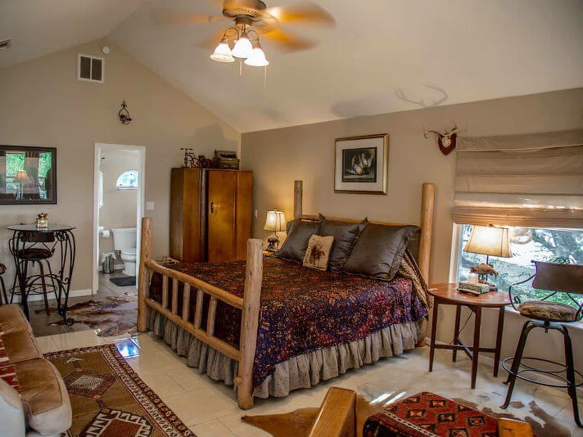 Robin's Nest Lake Travis accomodations