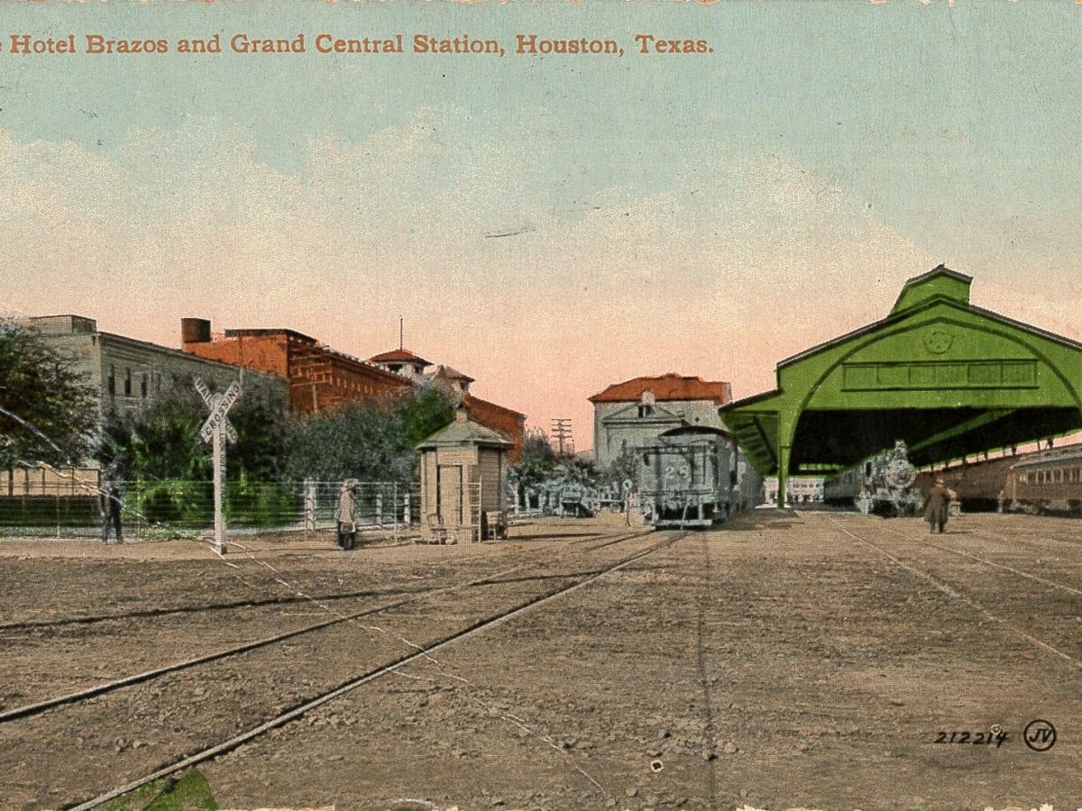 Houston, Post HTX at 401 Franklin, September 2016, Hotel Brazos and Grand Central Station Houston
