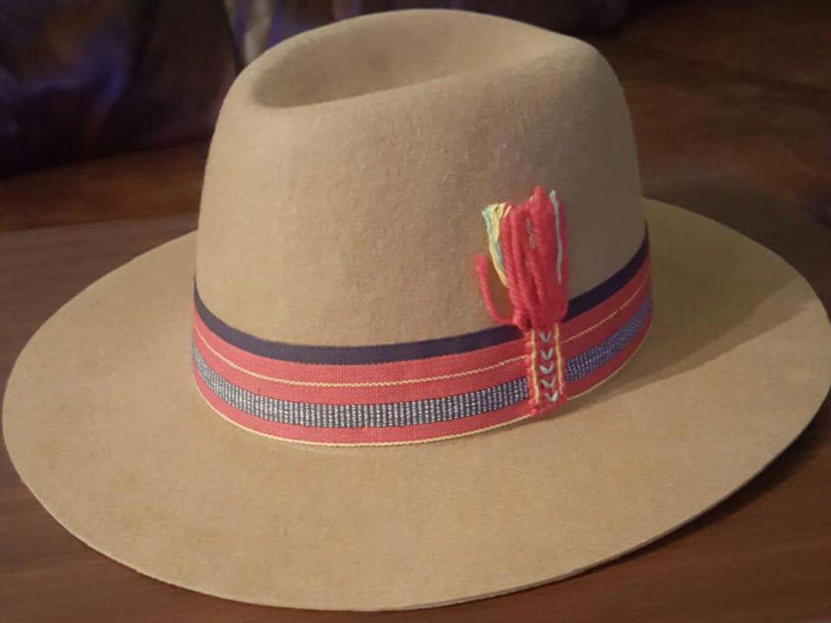 Singer & Monk hat