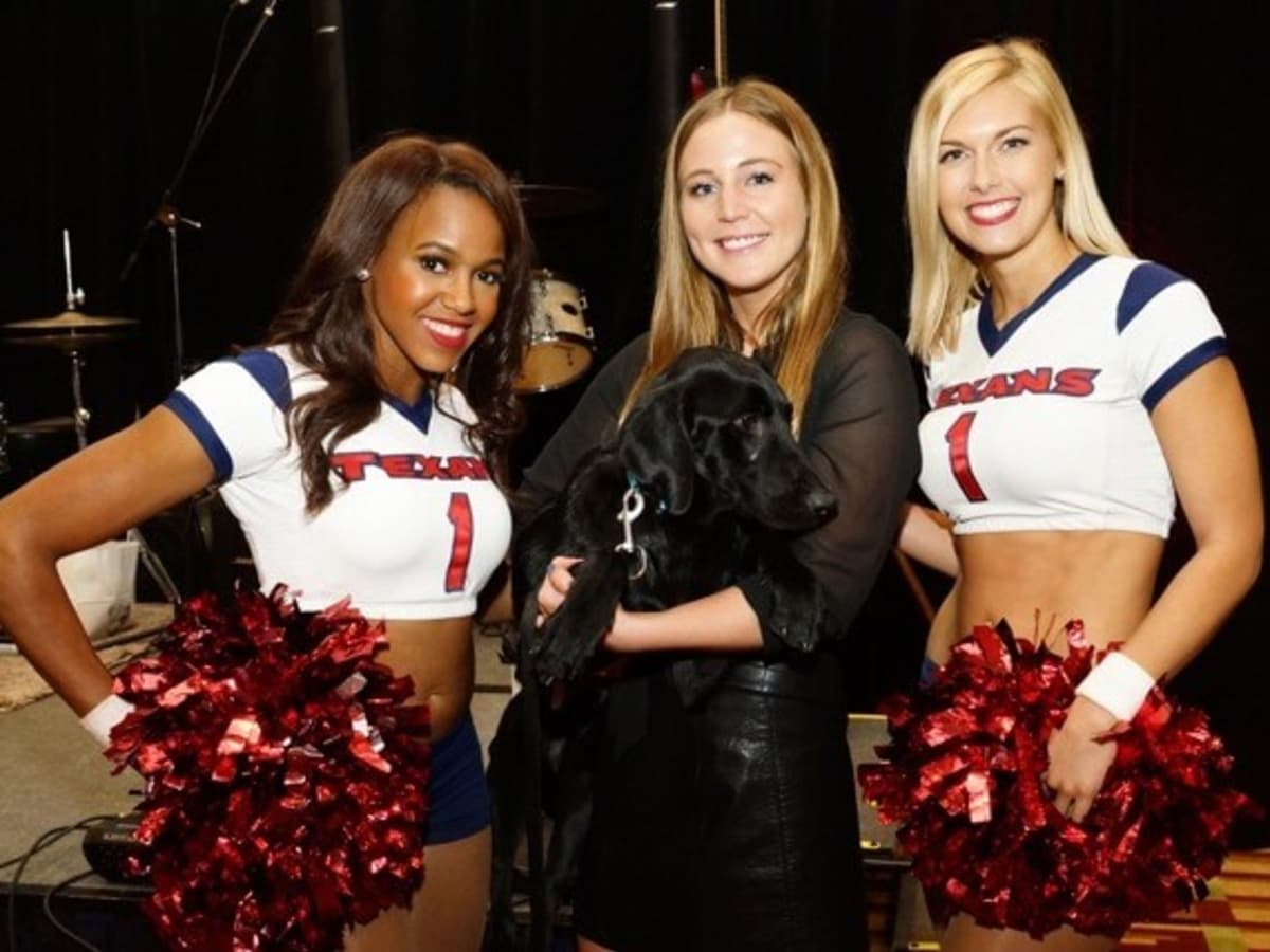 Houston, K9s4COPs Unleashed, Oct. 2016, Meaghan Dawson, Texans cheerleaders