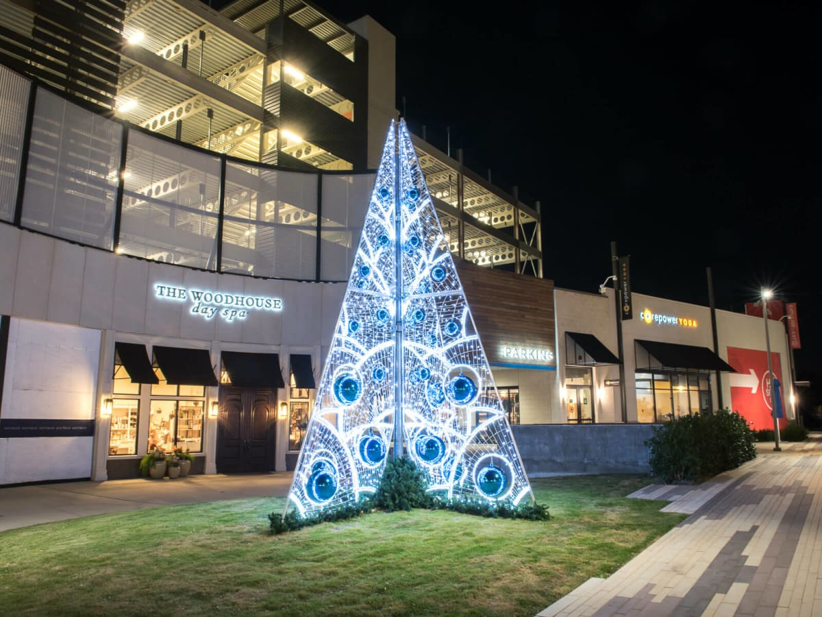 WestBend Fort Worth Christmas tree