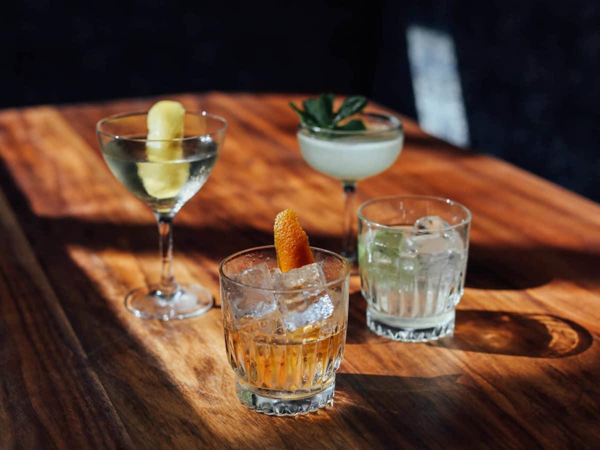 Backbeat bar Austin cocktails drinks