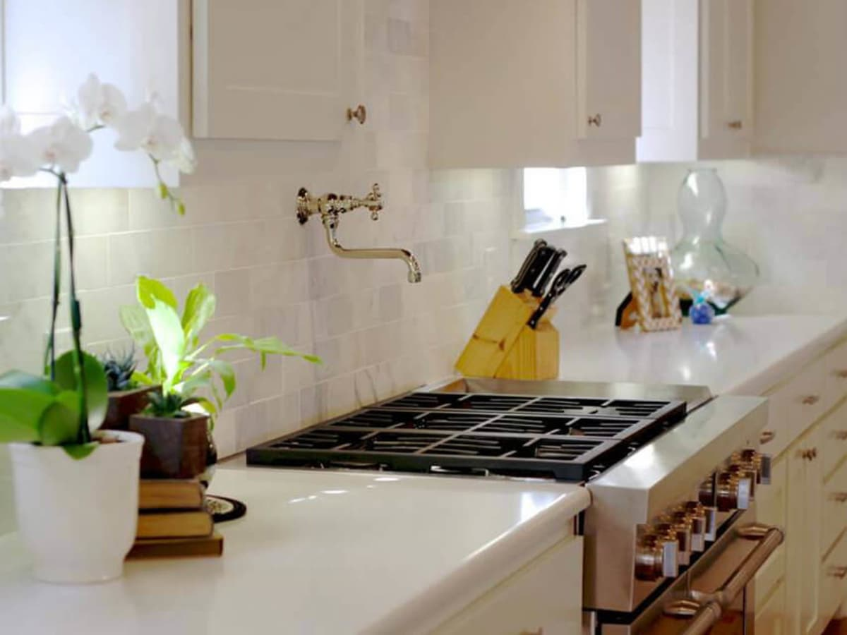 Kitchen in custom home by Joseph Santarelli, JDS Designs