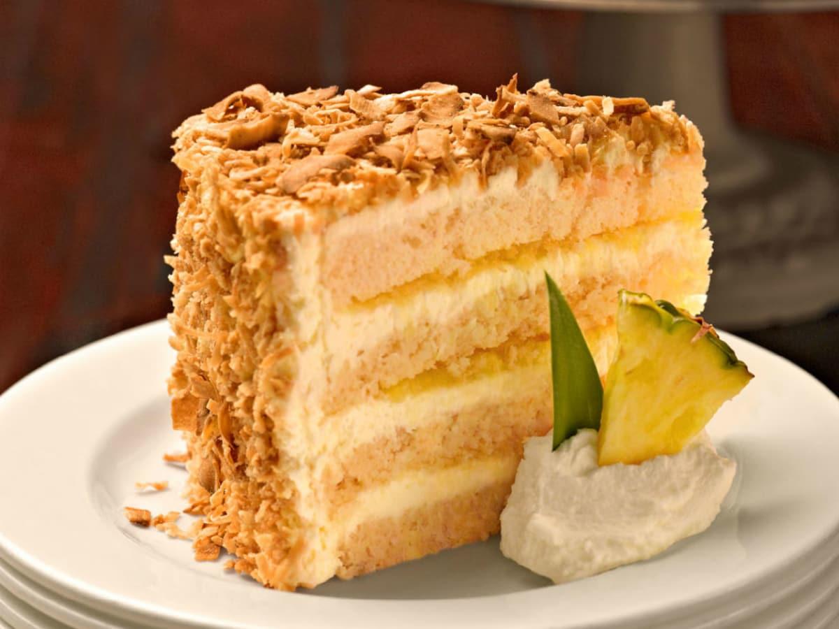 Tommy Bahama, pina colada cake