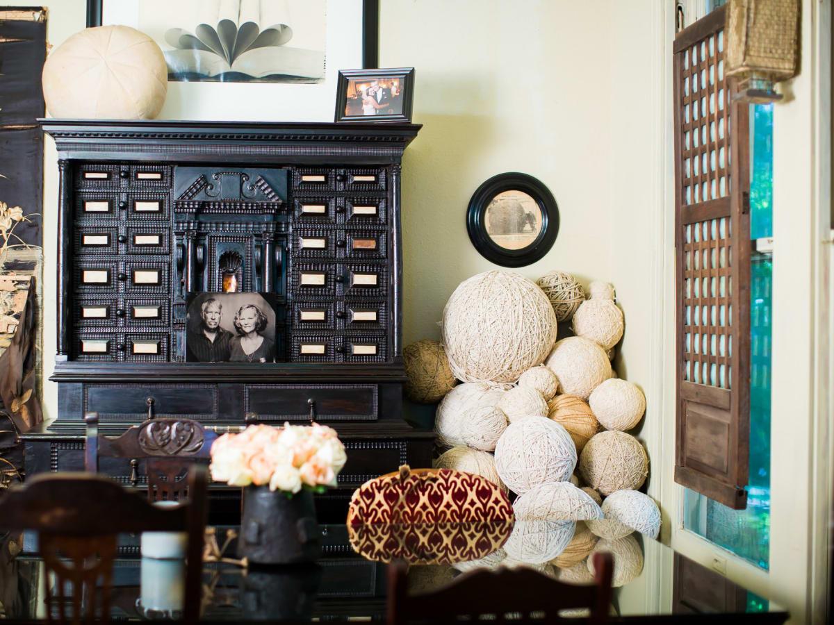 Austin Weird Homes Tour 2017 Riggin's Cabinet of Curiosities