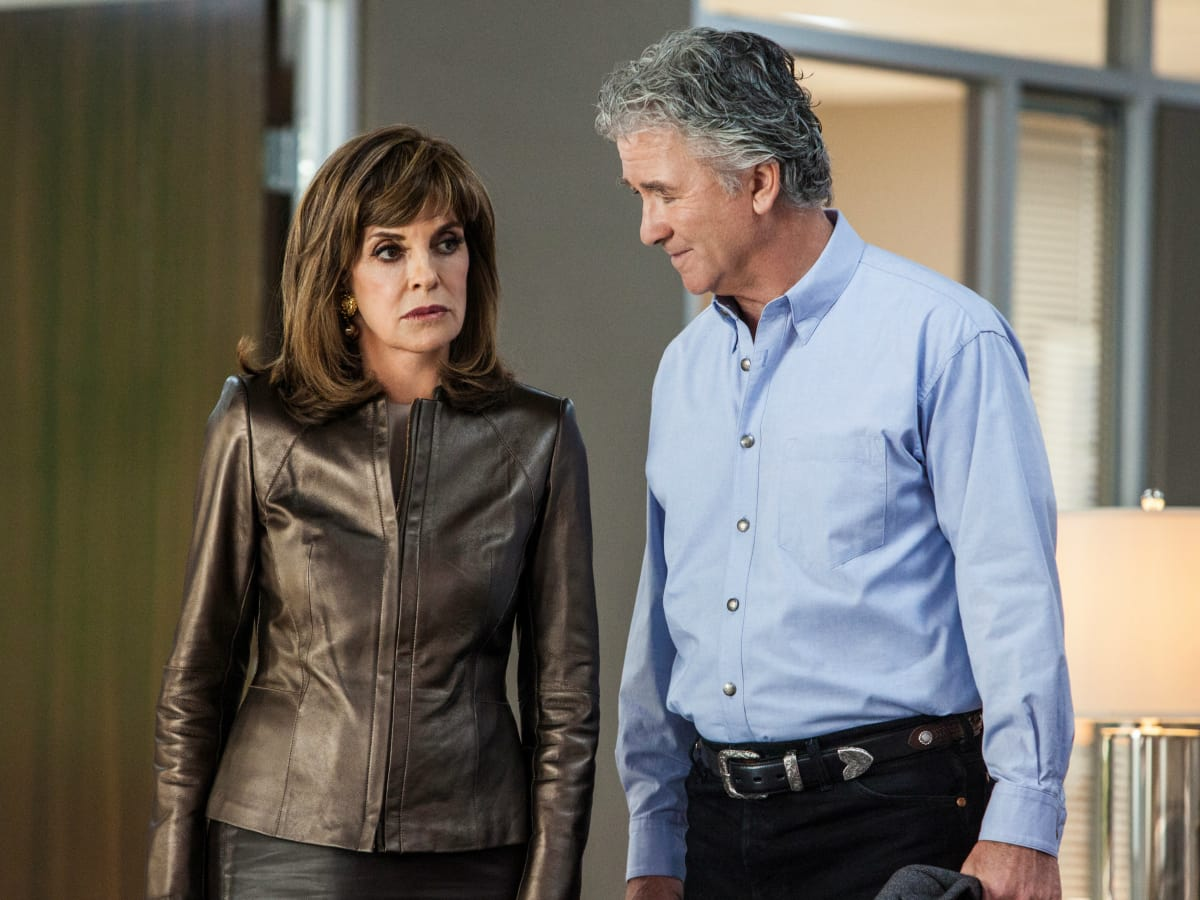 Linda Gray and Patrick Duffy in season 3 of Dallas