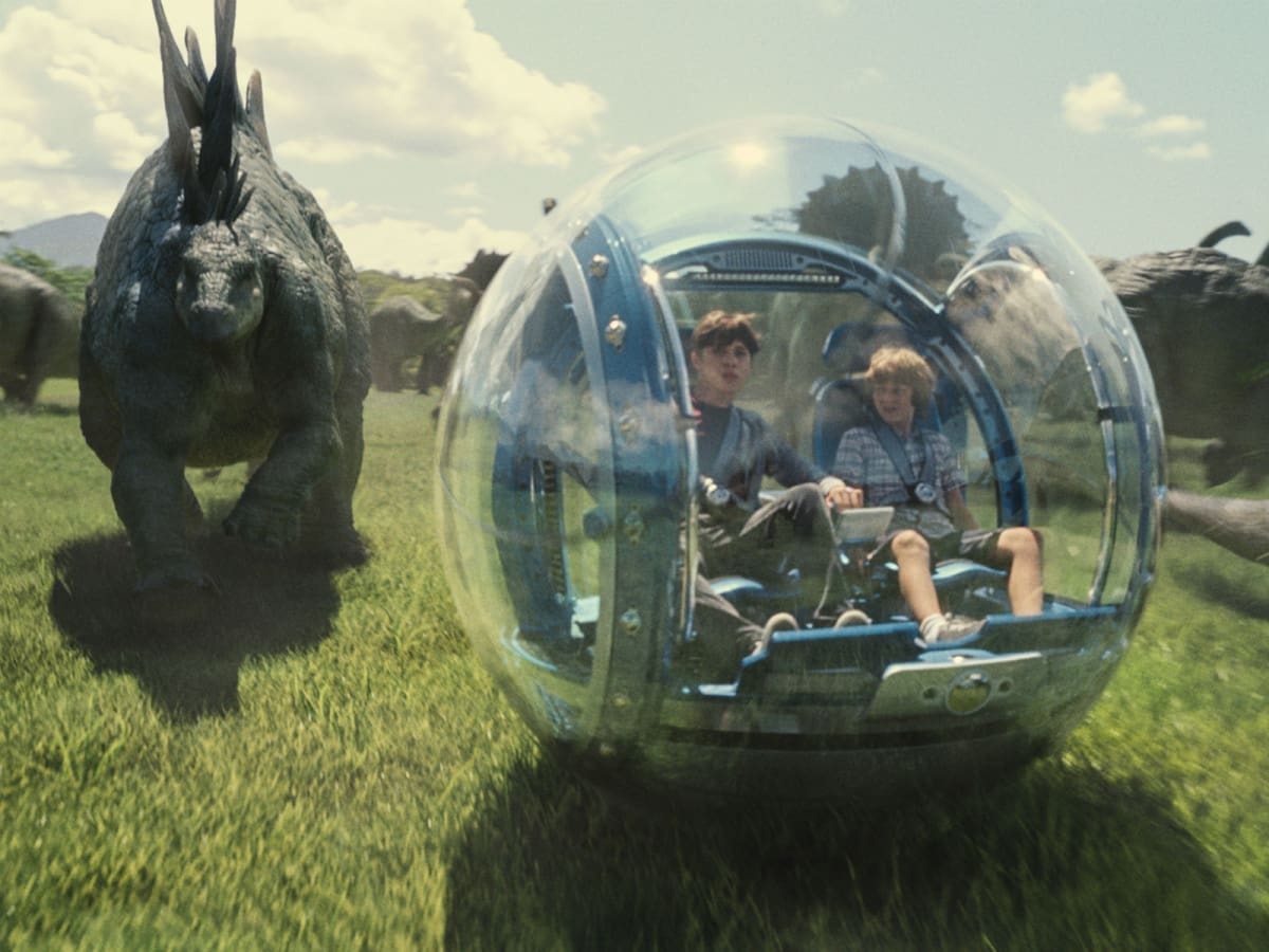 Nick Robinson and Ty Simpkins in Jurassic World