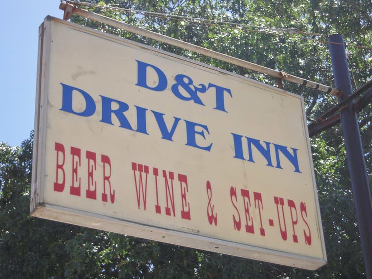 News_D&T Drive Inn_sign